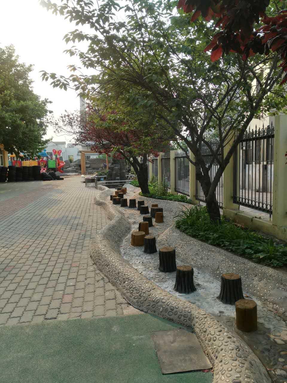 幼儿园仿木树墩