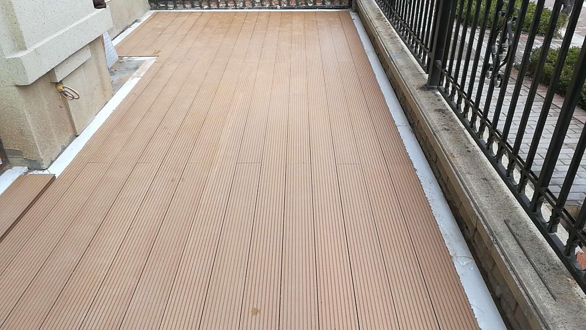 花园塑木地板