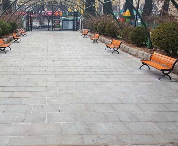 街道公园椅