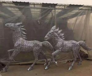 大连雕塑马